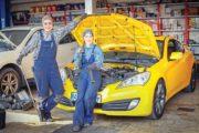 روایت شغل دختران مکانیک در تهران