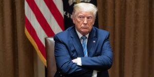 ترامپ: هفته آینده برای بازگشت تحریمهای ایران تلاش میکنیم