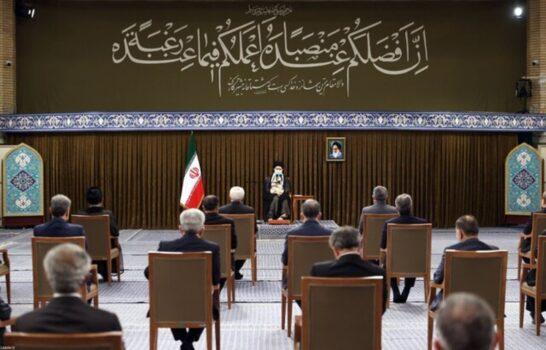 تکذیب دیر رسیدن روحانی به جلسه با رهبر انقلاب/ امکان گرفتن عکس یادگاری نبود